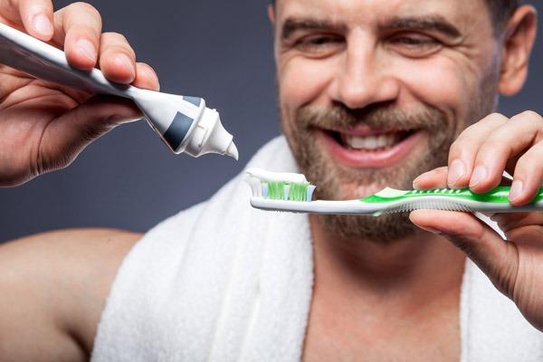 impianto dentale rischi DENTI